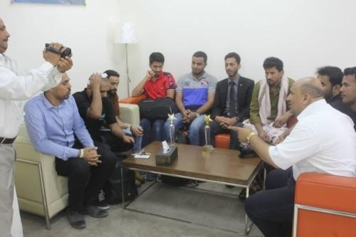 استقبال الفائزين بجوائز هيئة الشباب العربي العائدين من الكويت بمطار عدن