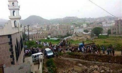 إب: نافذون يسطون على مقابر في مدينة إب والمواطنون يستغيثون
