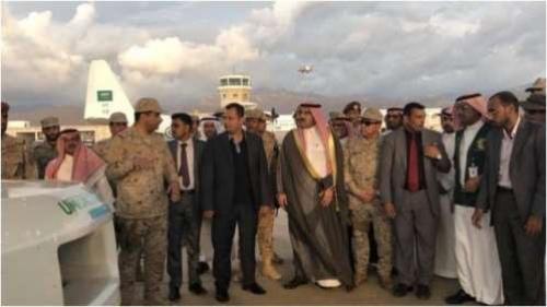 السفير السعودي لدى اليمن يصل سقطرى بعد ساعات من مغادرة بن دغر