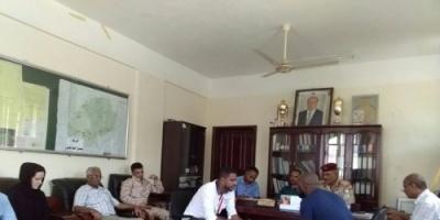 محافظ الضالع يلتقي ممثلي منظمة مرسي كور الدولية ويناقش معها المشاريع في مجال المياه والصرف الصحي