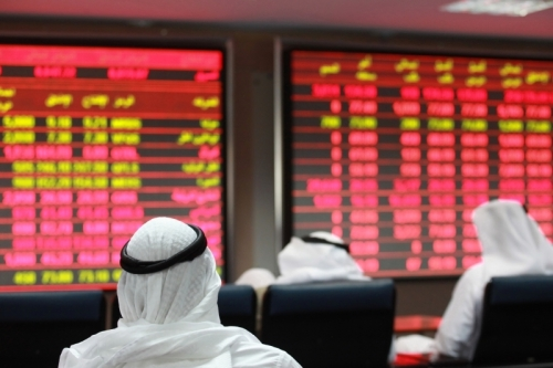 «فيتش»: استمرار الضغوط على البنوك القطرية لتدني التمويل الأجنبي