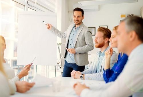 كيف تصبح متحدثاً ناجحاً؟