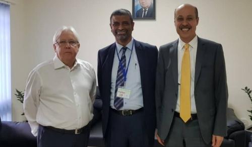 الأمين العام لمؤتمر حضرموت الجامع يلتقي المبعوث الأممي إلى اليمن مارتن غريفيث