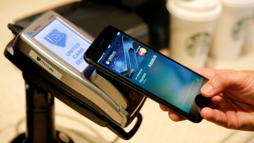 آبل تعمل على بطاقة إئتمانية مرتبطة بنظامها الإلكتروني للدفع