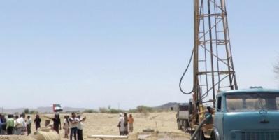 الإمارات توفر المياه لـ30 ألف مواطن  في ابين