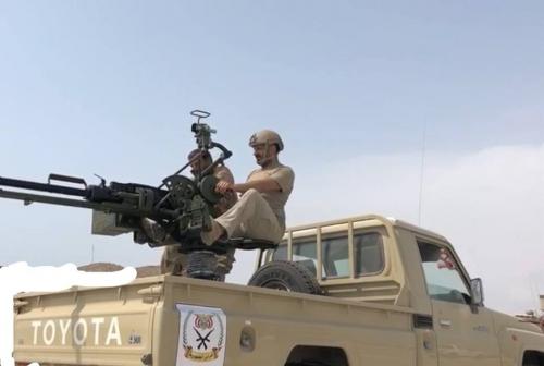 اول ظهور للعميد طارق صالح وهو يتقدم الصفوف في معركة الساحل الغربي