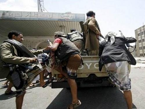 ميليشيا الحوثي تواجه أزمة خانقة بعد فرار عدد من قادتها الميدانيين من جبهات الجراحي والتحيتا