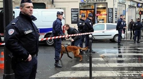 الداخلية الفرنسية: إحباط محاولة اعتداء جديدة وتوقيف شقيقين مصريين