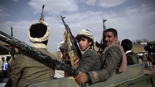 الحوثيون يعترفون بمقتل قيادي ميداني بارز مقرب من زعيم الجماعة عبدالملك الحوثي