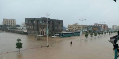 الحكومة تدعو المنظمات الدولية للتوجه إلى المحافظات المتضررة من إعصار ساجار لمد الأهالي بالمساعدات