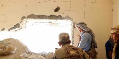 وصول لجنة عسكرية إلى تعز لترقيم افراد موالين للإصلاح بشكل سري