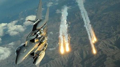 غارات للتحالف على معسكرات للحوثي بجبل النهدين وجبل نقم