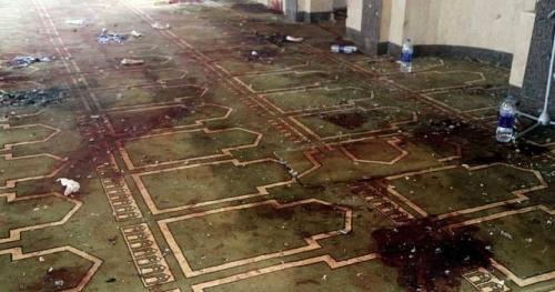هلع بدولة عربية.. ذبح مؤذن ومصل بمسجد في خامس أيام رمضان! (صورة)