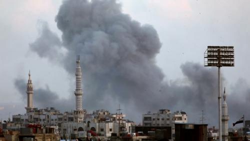 الأمم المتحدة: إجلاء 400 شخص من مخيم اليرموك إلى حماة