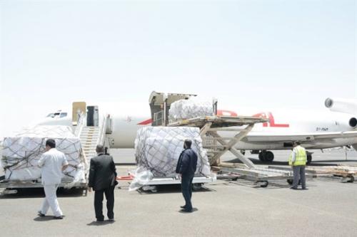 اليونيسف: طائرة محملة بـ 6 ملايين جرعة من اللقاحات تصل صنعاء