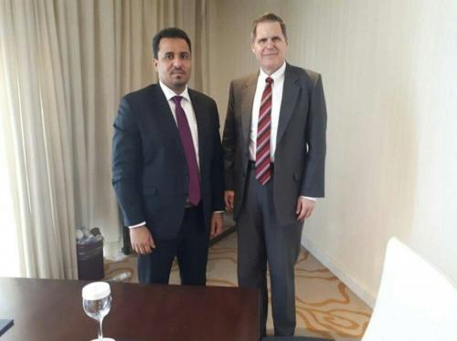 عضو رئاسة الانتقالي مراد الحالمي يلتقي السفير الامريكي لدى اليمن