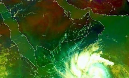 السعودية تستجيب لنداء سقطرى وترسل طائرات القوات المشتركة