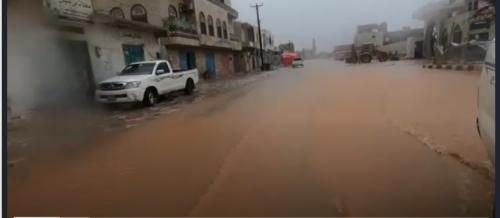 """الإعصار """"ماكونو"""" يشل الحياة في سقطرى ويرفع عدد المفقودين"""