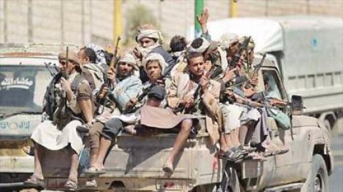 الحوثيون يفرون ويبيعون أسلحتهم بجبهة الساحل الغربي