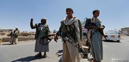 ميليشيا الحوثي تعتقل أكثر من 180 موظفاً أثناء توجهم إلى عدن