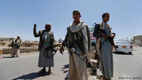 صنعاء.. الحوثيون يبيعون معدات الأشغال العسكرية للتجار