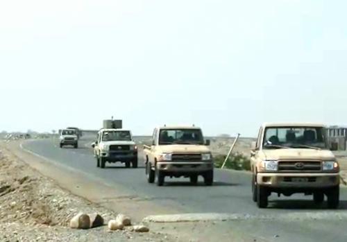 أبو زرعة: العشرات من الحوثيين فروا نحو زبيد وبيت الفقية والحسينية تاركين عتادهم وأسلحتهم وقتلاهم