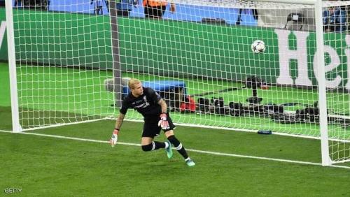 """""""جرائم"""" حارس ليفربول تهدي الـ13 لريال مدريد"""