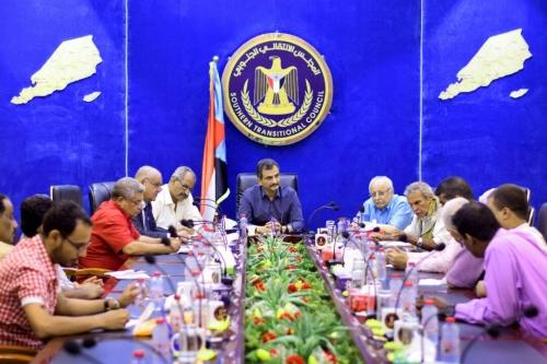 أمين عام الانتقالي: الإصلاحيون يكتنزون السلاح لمعركة قادمة وعلاقتنا بالإمارات شراكة دم ومصير