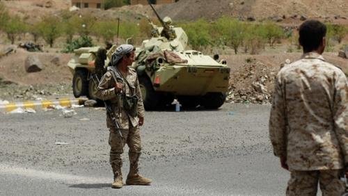 الجيش الوطني يستعيد السيطرة على منطقة الجمرك القديم بمحافظة حجة