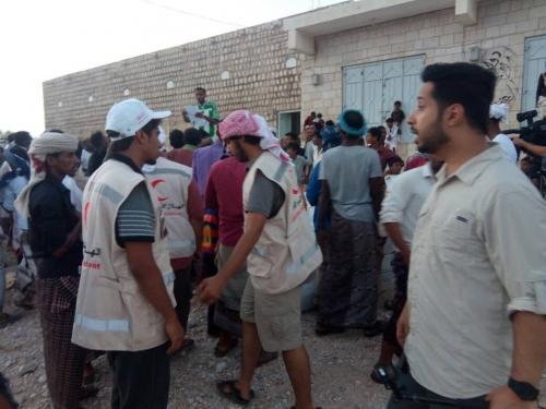 مؤسسة الشيخ خليفة ترسل قافلة أغاثة لمديرية قلنسية بسقطرى