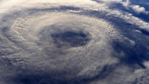 العلماء يكشفون غموض حالات الطقس المميتة!