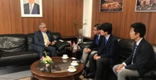 اليمن يبحث مع وكالة التنمية اليابانية استئناف تنفيذ بعض مشاريعها المتوقفة