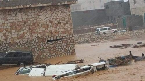 محافظ سقطرى يحذر من كارثة إنسانية جراء إعصار ماكونو