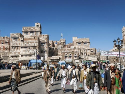 ملاك المحلات التجارية في صنعاء القديمة ينتفضون بعد رفع ميليشيا الحوثي الإيجارات بنسبة 300 بالمائة