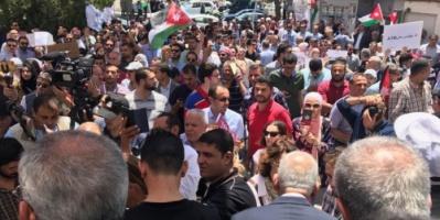 بعد المظاهرات.. ملك الأردن يعلق رفع أسعار الوقود