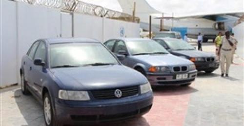 الشرطة الصومالية تتسلم عربات مزودة بأجهزة الكشف عن المتفجرات