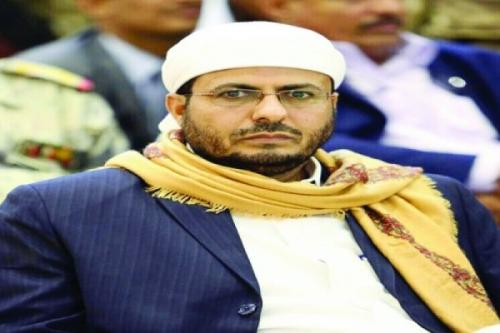 الوزير عطية : هيئة الزكاة الحوثية باطلة والتعامل معها تعاون مع الانقلابيين
