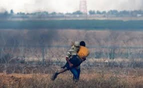 الجيش الإسرائيلي: جنود يقتلون فلسطينيا حاول العبور من غزة ومعه فأس