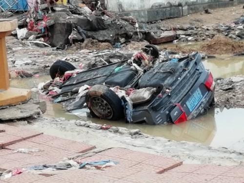 مديرو المكاتب التنفيذية بساحل حضرموت يتفقدون حجم الإضرار التي خلفتها السيول مؤخرا .. صور