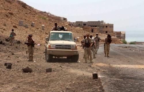 قوات النخبة الحضرمية تفض اشتباكات مسلحة بين مسلحين قبليين بالمكلا