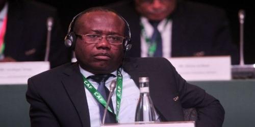 بسبب الرشوة.. الفيفا يقرر إيقاف رئيس الاتحاد الغاني لمدة 90 يومًا