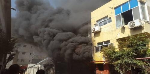 حريق يلتهم 3 مصانع في محافظة الإسكندرية المصرية