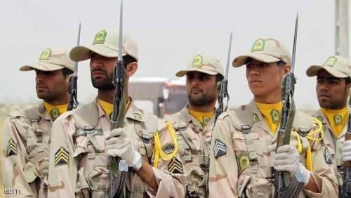 الحرس الثوري يقتل تسعة أشخاص عبروا الحدود العراقية