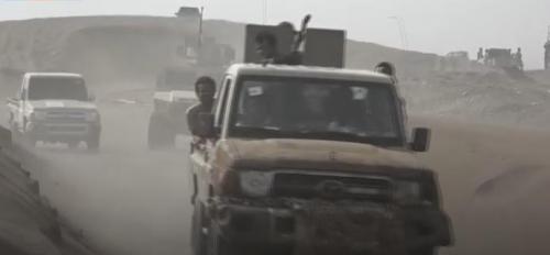 مسؤول في قوات طارق عفاش: العمليات العسكرية لن تتوقف حتى تطهير الحديدة وتأمين الملاحة الدولية