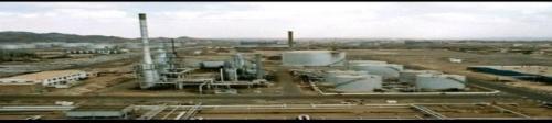عدن : استكمال تركيب وحدة التقطير بمحطة الكهرباء التابعة لمصفاة عدن