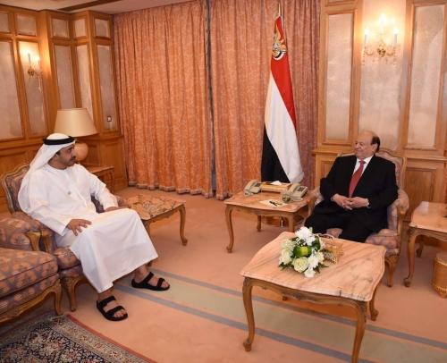 بدعوة من الشيخ محمد بن زايد .. الرئيس هادي يتوجه اليوم إلى دولة الإمارات