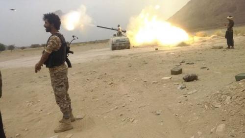 الجيش الوطني يدك مواقع المليشيا في مديرية المتون بالجوف ويكبدها خسائر كبيرة