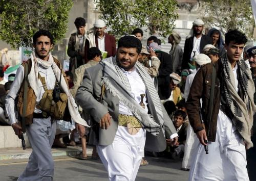 مليشيات الحوثي تعترف بمقتل اثنين من قادتها فى مواجهات الحديدة