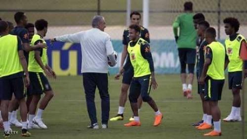 مدرب البرازيل: نيمار ليس جاهزا 100 بالمئة