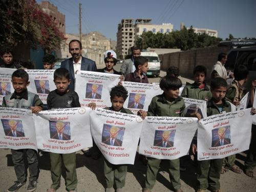 ميليشيا الحوثي تصعّد من انتهاكاتها بحق المدنيين في الحديدة وتعتقل العشرات من الأطفال